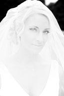 bride-with-veil_v1.jpg